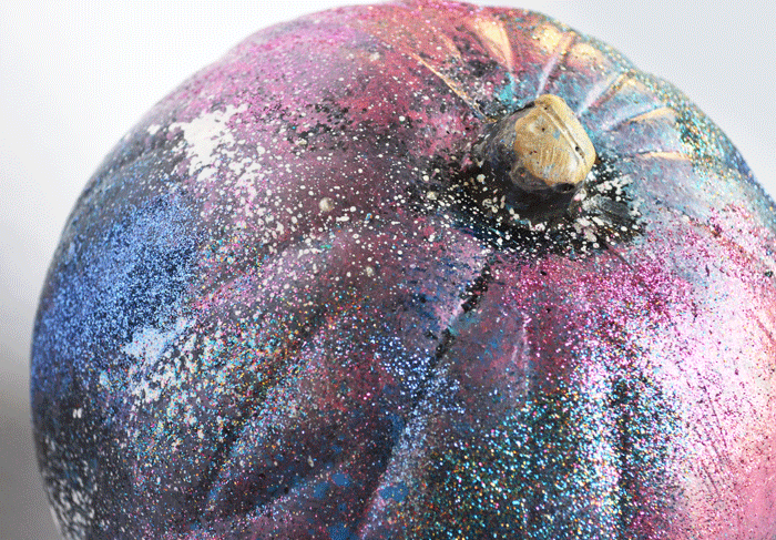 overview-galaxy-art-pumpkin-2