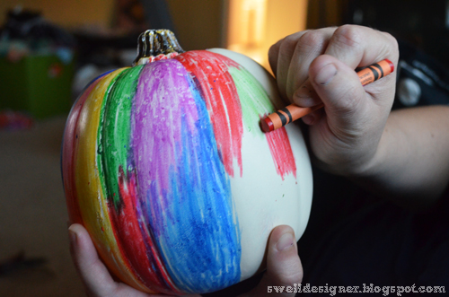 coloring-on-pumpkin-crayon